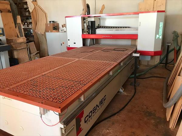 Cosmec CNC machining center
