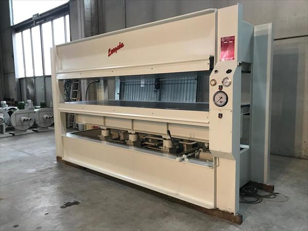 Leopida CF120 flatbed press
