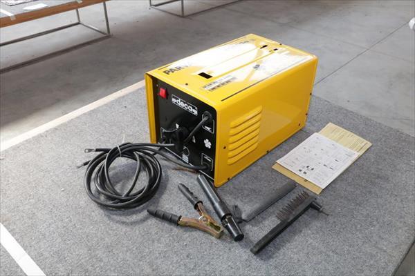Machine de soudage à électrode Deca