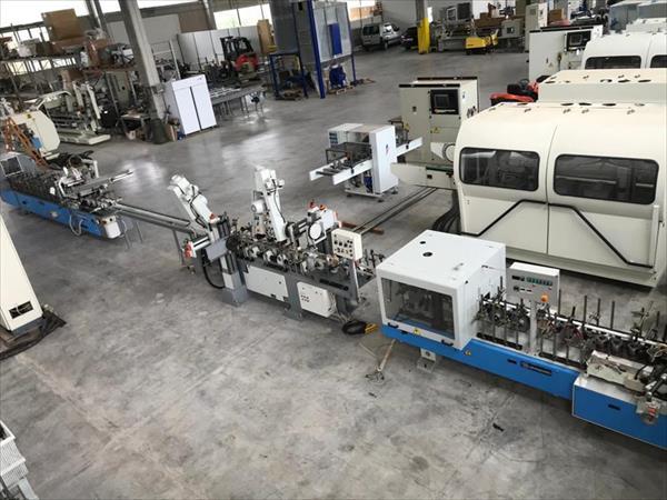 Линија машина за завршну обраду и премазивање у фурниру Барбера