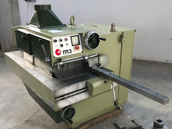 Marque multi-lame SCM M3