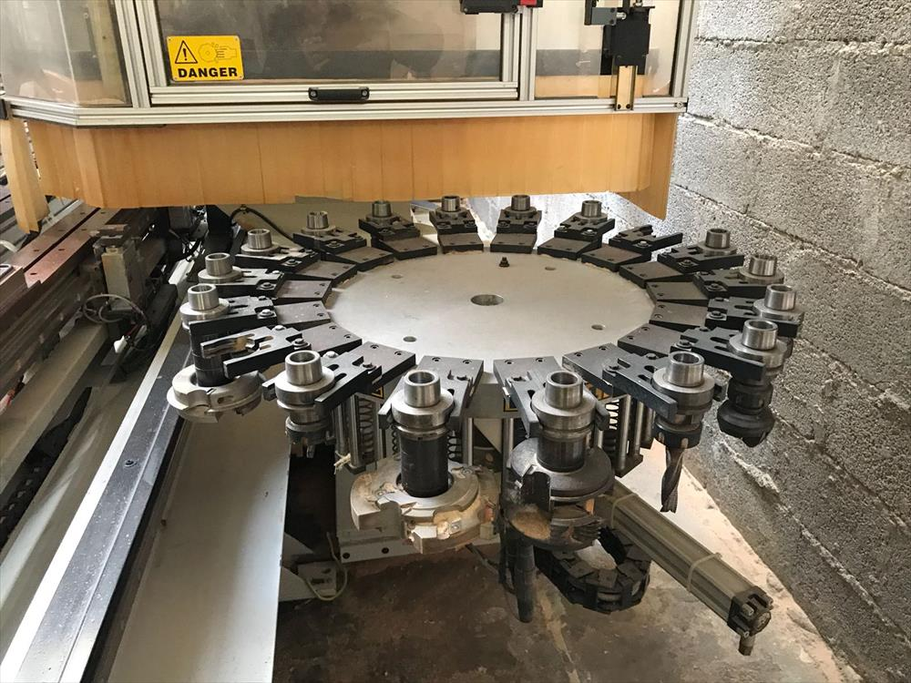 Masterwood machining center - Photo 4