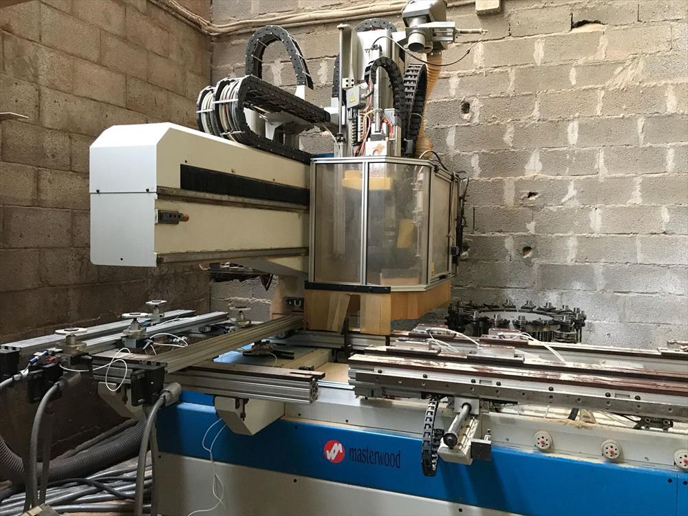 Masterwood machining center - Photo 6