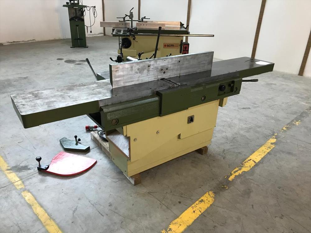 Srovnávačka s děrovacím strojem SCM - foto 1
