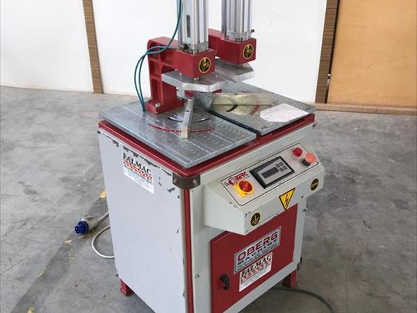 Svařovací stroj OBERG